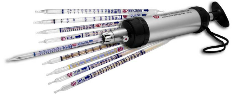 Uniphos sampling pump and gas detection tubes